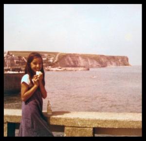 1979 Cynthia Arromanches 1 web.